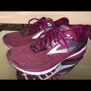 Brooks Ghost 10 Women's Running Shoes Size 9.5 B